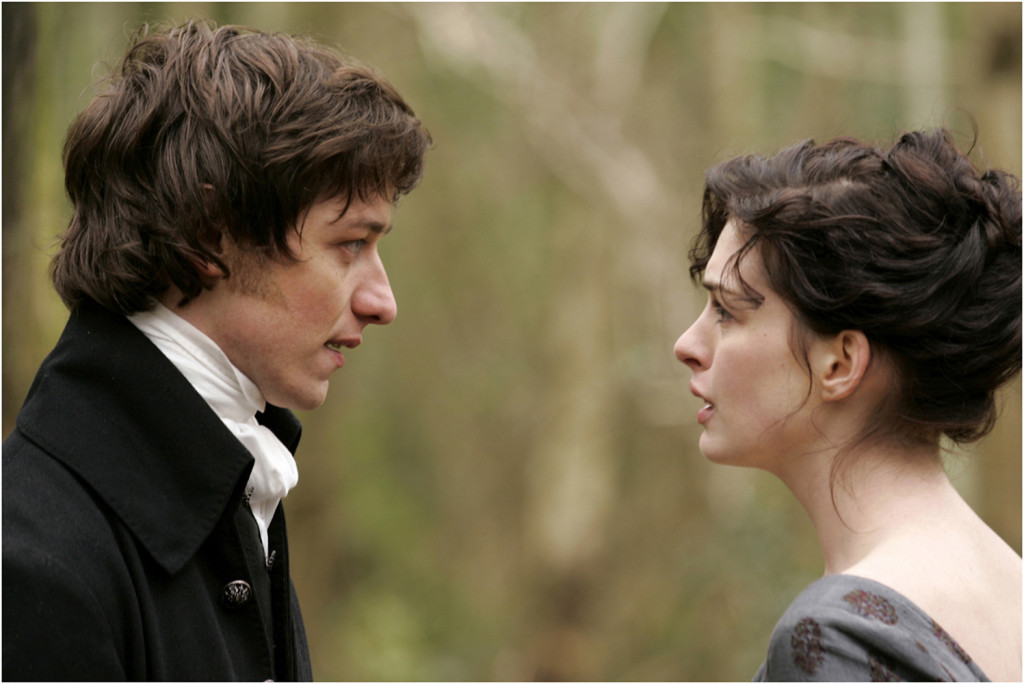 """Becoming Jane – Il ritratto di una donna contro."" Regia: Julian Jarrold Cast: Anne Hathaway, James McAvoy, James Cromwell, Maggie Smith."