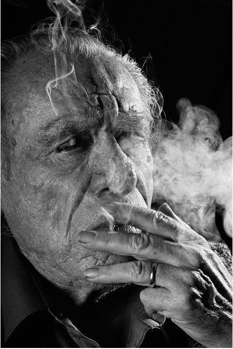Charles Bukowski, biografia e pensieri