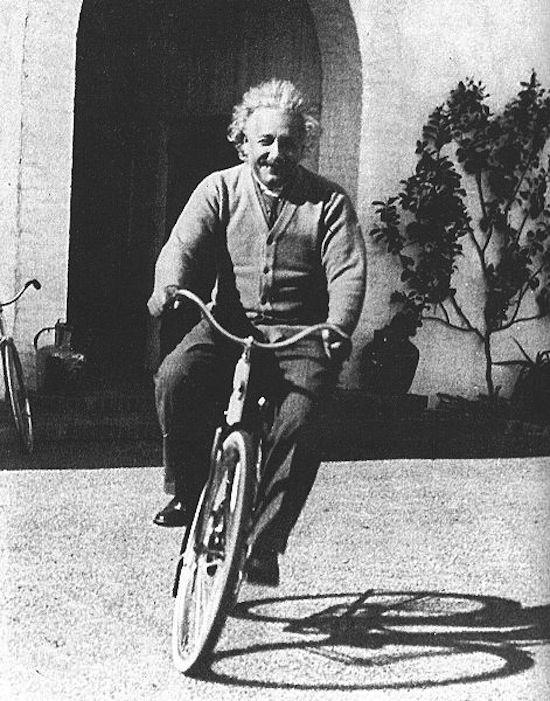 Albert Einstein, biografia e citazioni