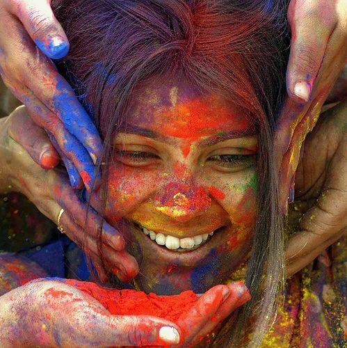 Holi, la festa dei colori