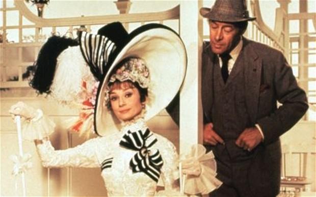 "Una scena del film ""My fair lady"", con Audrey Hepburn e Rex Harrison."