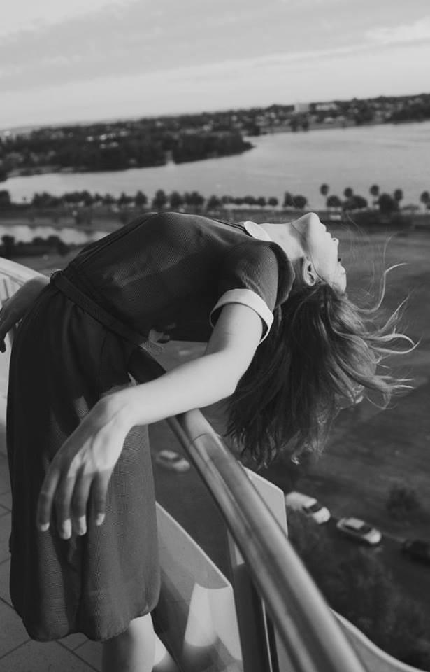 Io chiudo i rapporti da un momento all'altro. Se sento odore di cattiveria gratuita, cancello dal mio orizzonte le persone - anche quelle frequentate a lungo - e faccio finta di non averle mai conosciute. In questa pratica ho un vero talento. Sono bravissima. E non mi pento mai. _ Virna Lisi _
