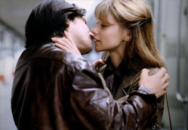 """Una scena del film """"L'amore fugge"""", 1979."""