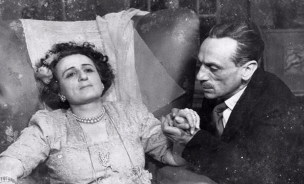 """Una delle scene tratte dalla commedia """"Filumena Martorano"""" con Titina ed Eduardo De Filippo."""