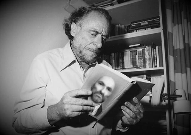 Anch'io ho sbattuto il mio entusiasmo contro un muro, lo prendevo a pugni fino a sanguinare e continuavo a picchiare, ma il mondo restava com'era, spiacevole, mostruoso, letale. _ Charles Bukowski _ Immagine reperita nel web