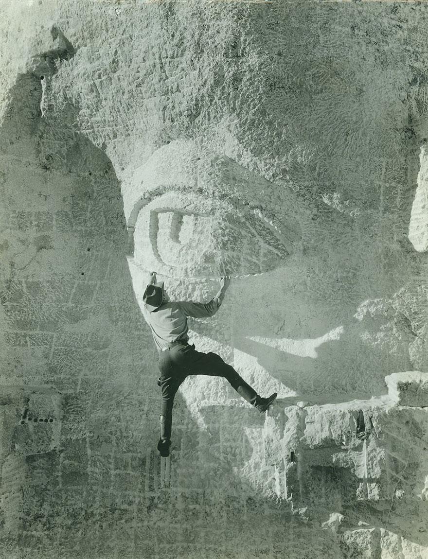 Scultura di un occhio sul Monte Rushmore, 1930. Getty Images