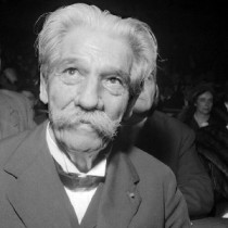 PARIS, FRANCE:  Dr. Albert Schweitzer (1875-1965) smiles during a ceremony 22 November 1959 in Paris. Medical missionary, theologian and musician, Albert Schweitzer began to study medicine in 1905, and after qualifying (1913) set out with his wife to set up a hospital to fight leprosy and sleeping sickness at LambarTnT, Gabon. He was awarded the Nobel Peace Prize in 1952. (Photo credit should read AFP/Getty Images)