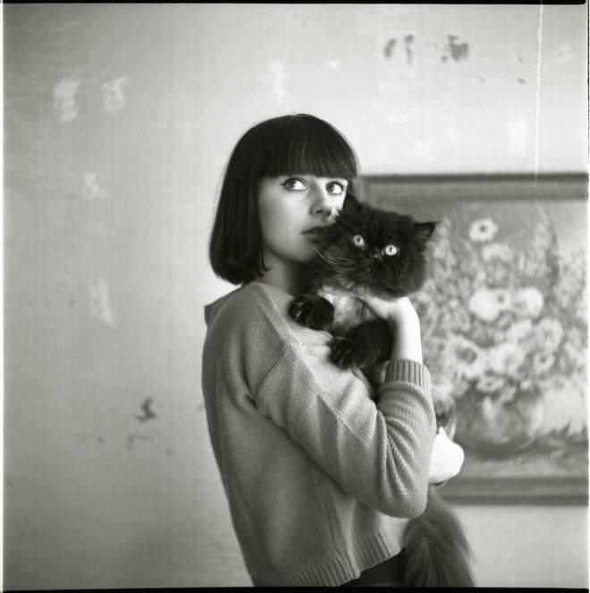 Gli uomini e i cani debbono rassegnarsi: donne e gatti fanno quello che vogliono. _ Robert Anson Heinlein _ Foto di Rosa de Weerd.