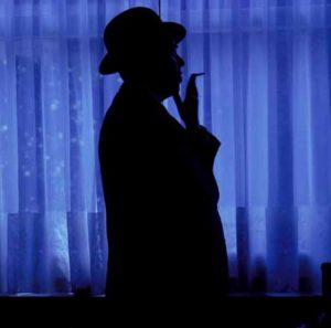 René Magritte fotografato da Lothar Wolleh.
