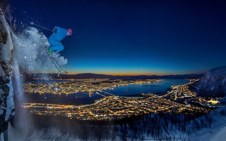 """Urban Skiing In The Arctic"" di Audun Rikardsen."